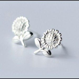 Jewelry - Sunflower Earrings 🌻